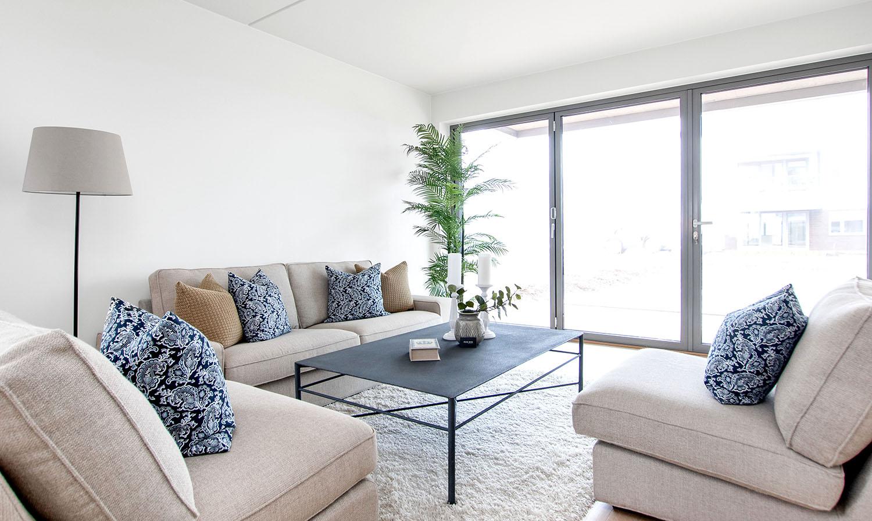 H02-101 02 Livingroom 1b