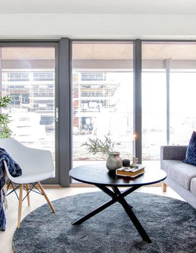 H02-101 02 Livingroom 2c