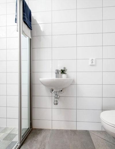 H02-101 05 Bath d