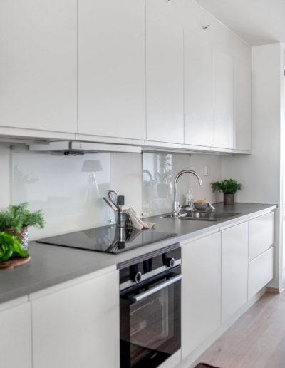H02-103 05 Kitchen e
