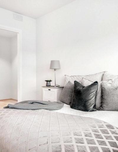 H02-103 08 Bedroom 2b