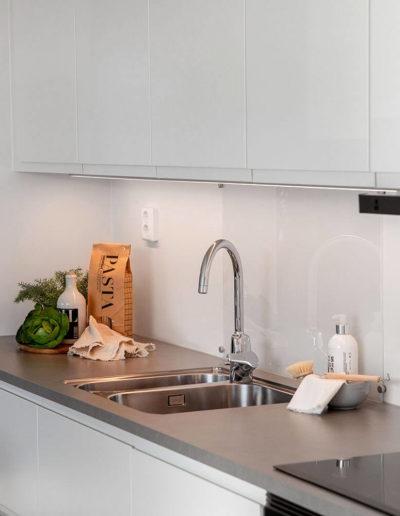 H02-201 04 Kitchen f