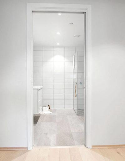 H02-201 05 Bath a
