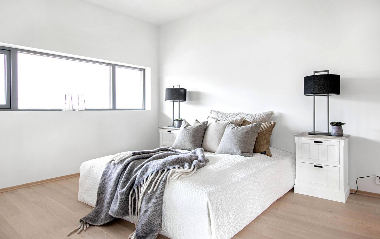 H02-201 06 Bedroom 2a