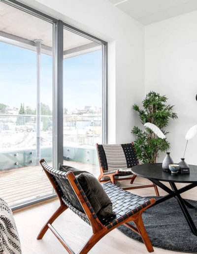 H02-301 02 Livingroom 1c