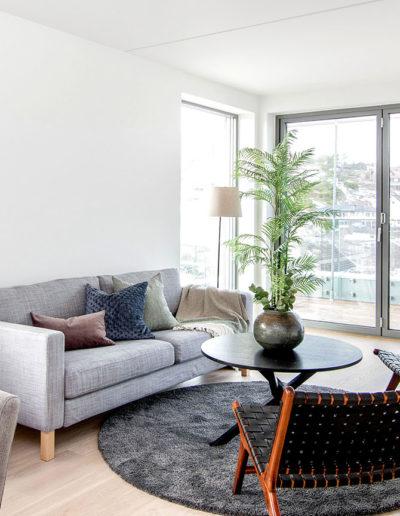 H02-401 04 Livingroom g