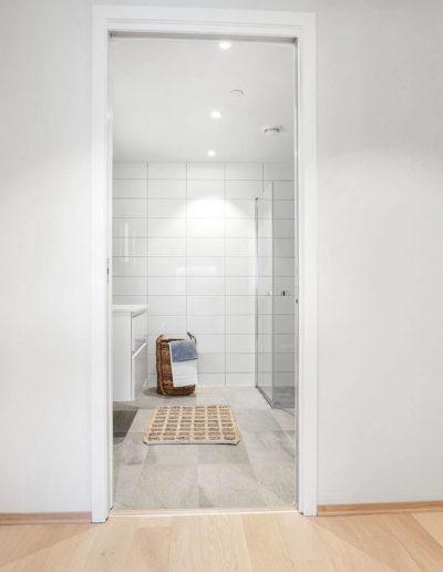 H02-401 07 Bath a