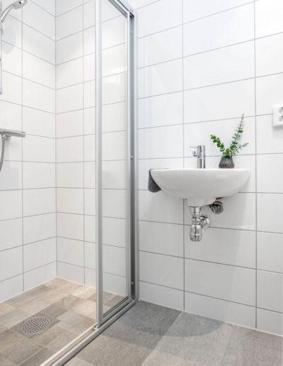 H02-401 07 Bath d
